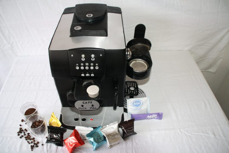 Kaffeevollautomat 4 in 1